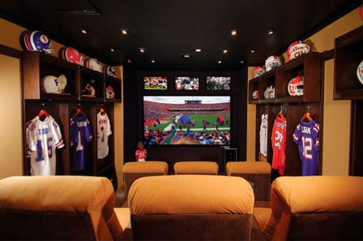 football-rooms-garage-stadium-seating_b2a95ab021f90fafa9aee64f0e16404d_3x2_jpg_570x380_q85