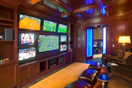 football-rooms-multiple-tvs-wall_a238e94dc96bb8d2c71d9f0795d118d7_3x2_jpg_570x380_q85